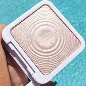 Low stock - Sculpt and Glow High Lighter Pearl